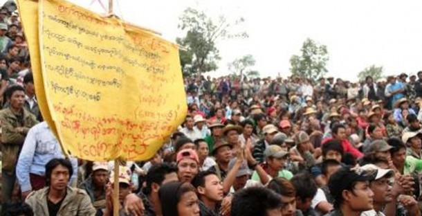 Thousands of miners protesting against job losses in Mandalay Division. (Photo: The Irrawaddy)