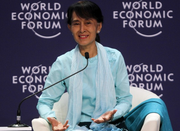 Burmese pro-democracy leader Aung San Suu Kyi speaks during the World Economic Forum on East Asia in Bangkok. (Photo: Reuters)