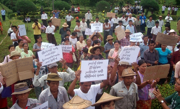 Farmers in Mingaladon Township, Rangoon Division, protest against land grabs last month. (Photo: The Irrawaddy)
