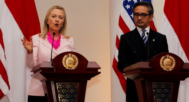 US Secretary of State Hillary Clinton, left, gives a joint address with Indonesia's Foreign Minister Marty Natalegawa in Jakarta on Monday. (Photo: Reuters)