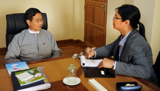 Burmese government peace negotiator Aung Min speaks with The Irrawaddy editor Aung Zaw in Naypyidaw. (PHOTO: Steve Tickner/ THE IRRAWADDY)