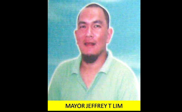 Mayor Jeffrey Lim has been freed after seven months of captivity. (Photo: TV Patrol Chavacano / Facebook)