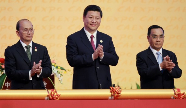 China's Vice President Xi Jinping is flanked by Burmese President Thein Sein and Laos's Prime Minister Thongsing Thammavong during the opening ceremony of the China-Asean Expo in Nanning, China, on Sept. 23, 2012. (Photo: Reuters)