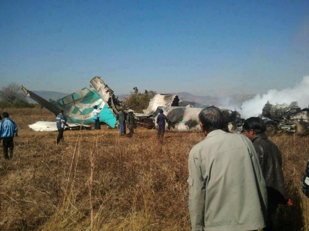 An Air Bagan flight lands on a road in Heho, Shan State. (Photo: Htoo Eain / Tachileik Online News)
