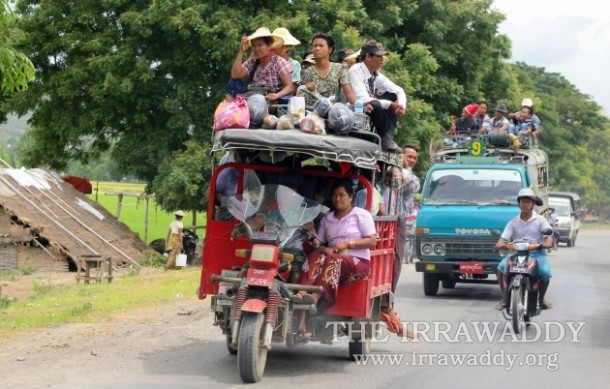 Burmese public transport is old and uncomfortable. (Photo: JPaing / The Irrawaddy)