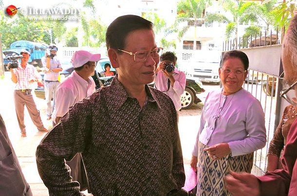 Former intelligence chief Khin Nyunt meets colleagues at a friend's house in Rangoon. (Photo: The Irrawaddy)