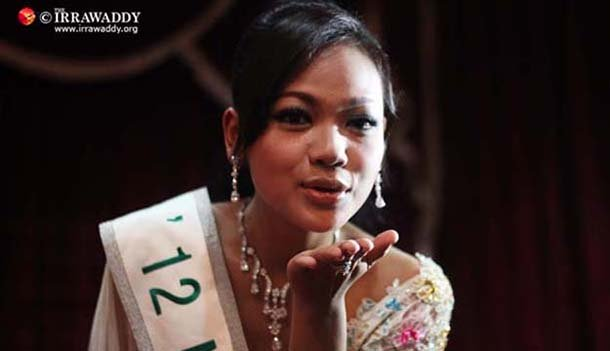 Nang Khin Zay Yar speaks at a press conference in Rangoon after her return from the Miss International beauty competition in Okinawa, Japan, in October 2012. (Photo: The Irrawaddy)