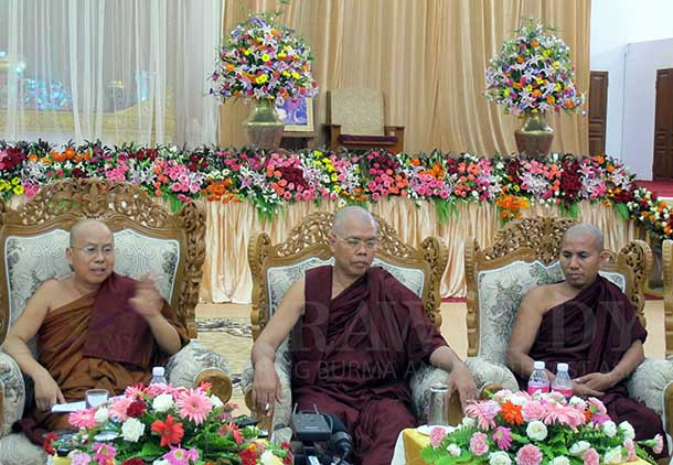 Senior Buddhist monks U Dhammapiya, left, Ashin Saekaneda, center, speak to the media at the end of the Buddhist monks' convention on Friday. (Photo: The Irrawaddy)