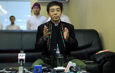 Gen Gun Maw speaks to the media during a visit to Rangoon on Monday. (Photo: Jpaing)
