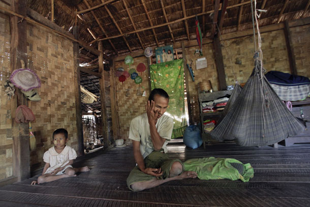 Myanmar, Burma, The Irrawaddy, disabilities, traffic accidents, land mines