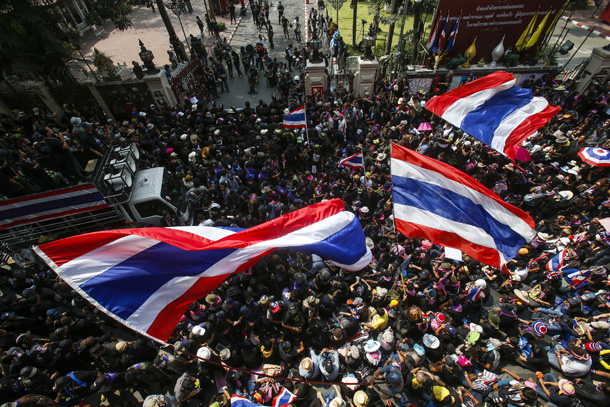 Thailand, civil war, strife, Bangkok, red shirts, Thaksin, Yingluck, coup