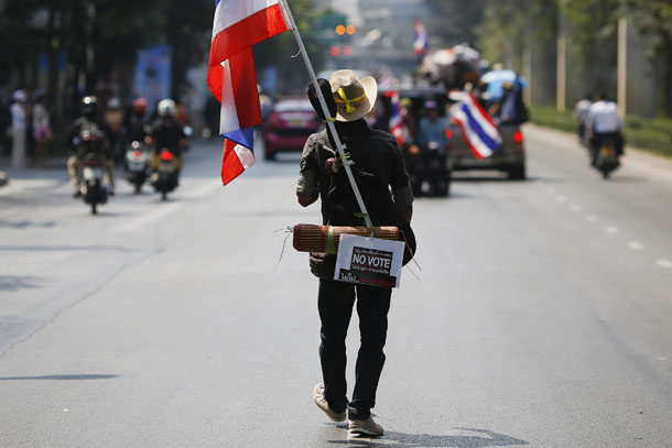 Thailand, protests, Thaksin, Yingluck, Suthep, Bangkok, election, court challenge