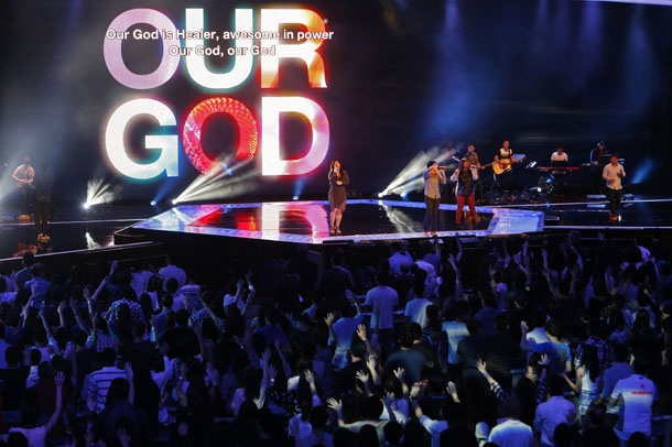 Singapore, megachurches, prosperity gospel