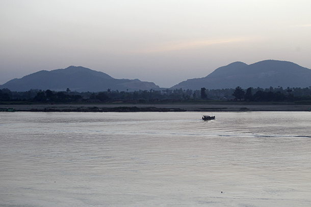 The Irrawaddy, Letpadaung, Mandalay, copper mine, land dispute, Wanbao, Chinese