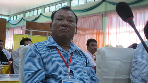 Sai Sam, deputy commander-in-chief of the United Wa State Army (UWSA), observes peace talks between the government and Kachin rebels in Myitkyina in October 2013. (Photo: Saw Yan Naing / The Irrawaddy)