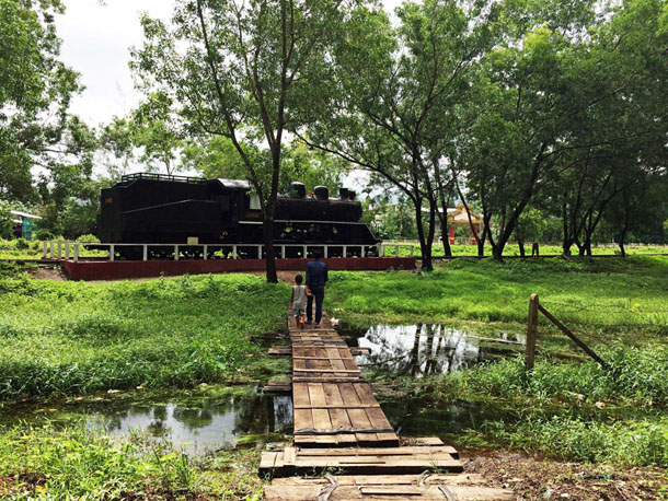 The entrance to the Death Railway memorial in Thanbyuzayat, Mon State. (Photo: Kyaw Hsu Mon / The Irrawaddy)