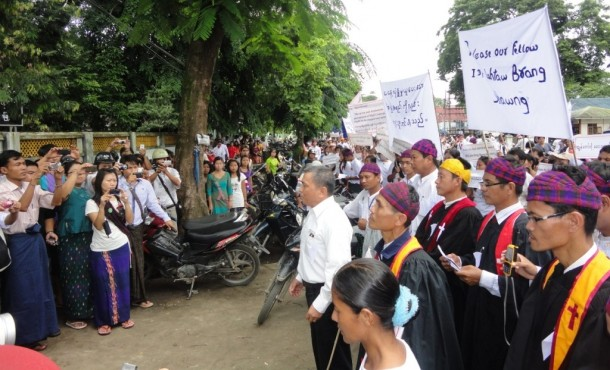 Ethnic Kachin people protest in Myitkyina in July 2012 for the release of another Kachin farmer Brang Shawng, who was freed last year as part of a presidential amnesty. (Photo: KDNG)