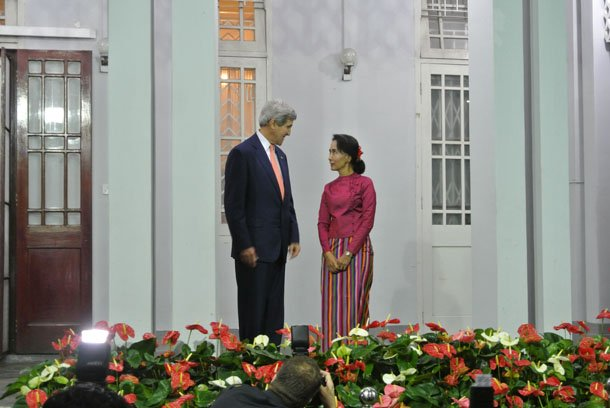 US Secretary of State John Kerry meets National League for Democracy chairwoman Aung San Suu Kyi at her lakeside villa in Rangoon on Sunday evening. (Photo: Simon Lewis / The Irrawaddy)