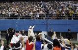 Pope Francis greets faithful as he arrives for the Holy Mass at Daejeon World Cup stadium August 15, 2014. (Photo: Reuters)
