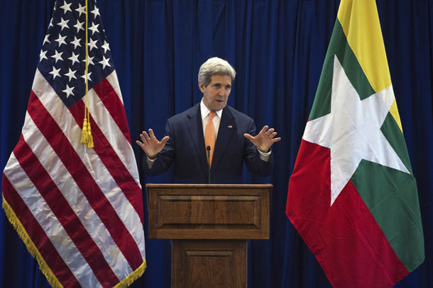 US Secretary of State John Kerry speaks during a news conference at the Lake Garden Hotel, outside the venue of the 47th Asean Foreign Ministers' Meeting, in Naypyidaw August 10, 2014. (Photo: Reuters)