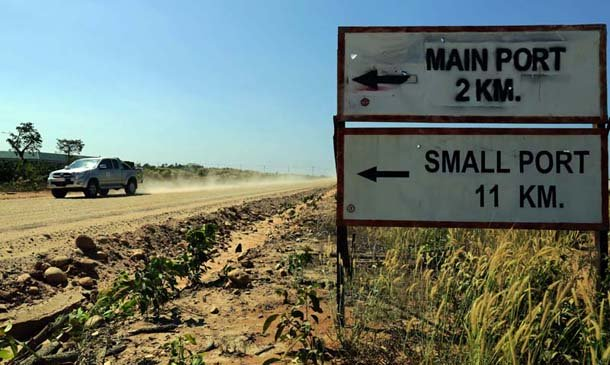 A dirt road at the Dawei SEZ, a planned regional hub that remains largely empty. (Photo: JPaing / The Irrawaddy)