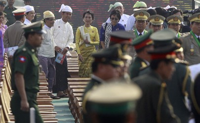 National League for Democracy leader Aung San Suu Kyi attends the 68th anniversary of Armed Forces Day in Naypyidaw on March 27, 2013. (Photo: Reuters)