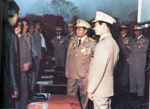 At a meeting in the early 1990s, Peng Jiasheng is seen third from left. His son-in-law Sai Leun is fifth from left. Gen. Than Shwe and Gen. Khin Nyunt are on the right.