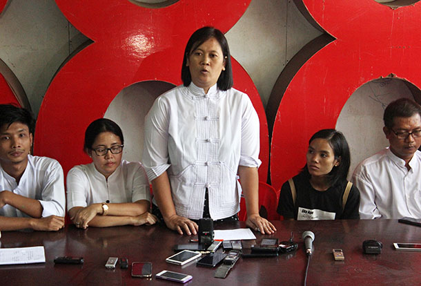 88 Generation Peace and Open Society members Nu Nu Aung, Nilar Thein and Myo Thant (second from left, center, and right) alongside students Nu Nu Aung and Tin May Thaw (left, second from right) at Friday's press conference in Rangoon. All five were detained during the crackdown on Thursday's protest by Sule Pagoda and released early on Friday morning. (Photo: Nobel Zaw / The Irrawaddy)