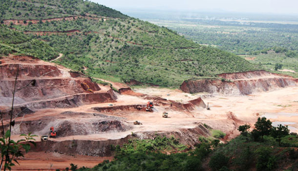 A copper mine excavation about 24 km (15 miles) from Monywa in Sagaing Division. (Photo: JPaing / The Irrawaddy)
