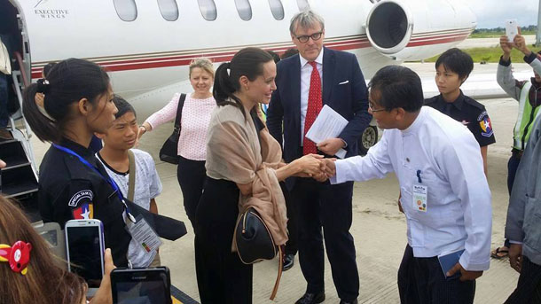 Angelina Jolie shakes hands with an official upon her arrival in Naypyidaw on Wednesday. (Photo: Facebook / Aung Soe Moe)