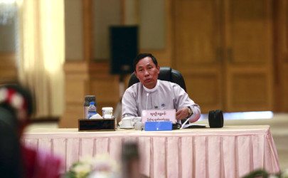 Shwe Mann, speaker of Burma's Union Parliament, talks during a six-party dialogue at the Presidential Palace in Naypyidaw on April 10, 2015. (Photo: Reuters)