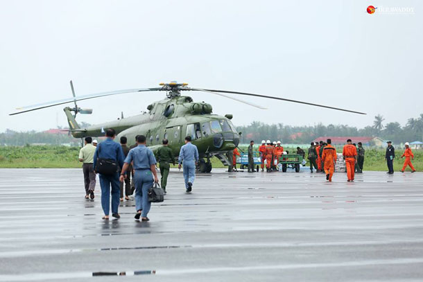 Aid and supplies reach Mrauk U in Arakan State on Tuesday. (Photo: Hein Htet / The Irrawaddy)