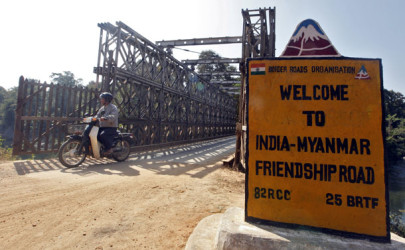 The Indo-Burmese bridge at the border town of Moreh, in the northeastern Indian state of Manipur. (Photo: Rupak De Chowdhuri / Reuters)