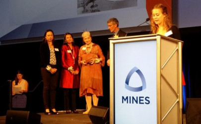 Sao Kya Seng's widow, Inge Sargent (center), and their two daughters accept an award on his behalf. (Photo: Courtesy of Withaya Huanok)