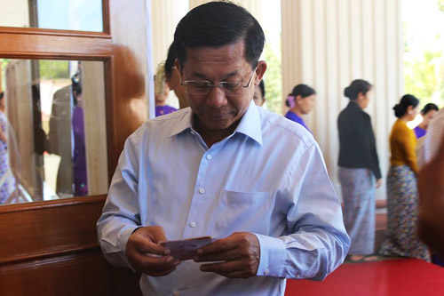 Snr-Gen Min Aung Hlaing with his voter ID card. (Photo: May Sitt Paing / The Irrawaddy)