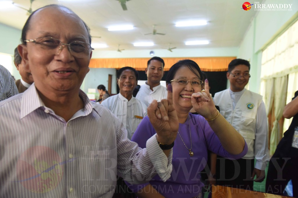 President Thein Sein and his wife cast their votes. (Photo: JPaing / The Irrawaddy)
