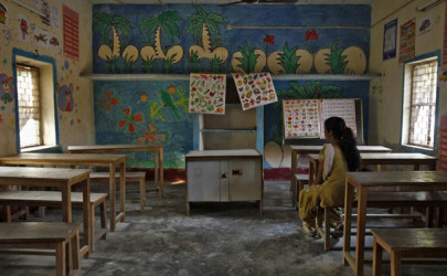 A 16-year-old girl sits inside a protection home on the outskirts of New Delhi, November 9, 2012.  (Photo: Reuters)