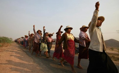Villagers protest after their land was seized to allow for the expansion of a copper mine in Sagaing Division, on March 13, 2013. (Photo: Soe Zeya Tun / Reuters)