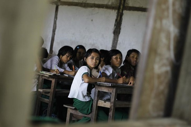 Girls attend class at Kankone village school in Sagaing Division in 2012. (Photo: Soe Zeya Tun / Reuters)