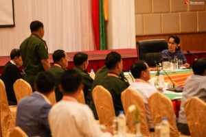 Suu Kyi Calls for 'Panglong-Style' Peace Summit by June