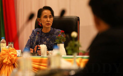 Aung San Suu Kyi and the Joint Ceasefire Monitoring Committee meet on Wednesday in Naypyidaw. (Photo: Hein Htet / The Irrawaddy)