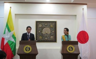 Japanese Foreign Minister Fumio Kishida , left, and his Burmese counterpart Aung San Suu Kyi hold a press conference in Naypyidaw on Tuesday. (Photo: Htet Naing Zaw / The Irrawaddy)