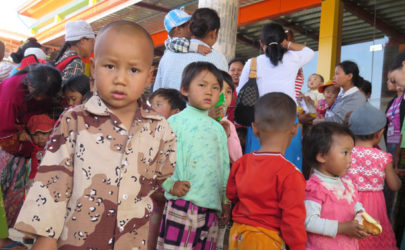 Ethnic Shan children who fled conflict staying at a Buddhist monastery in Kyaukme Township, Shan State, February 2016. (Photo: Lawi Weng / The Irrawaddy)