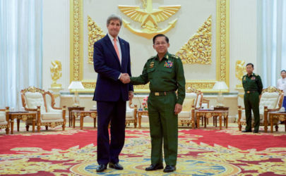 US Secretary of State John Kerry and Commander-in-Chief Snr-Gen Min Aung Hlain in Naypyidaw on Sunday. (Photo: US State Department)