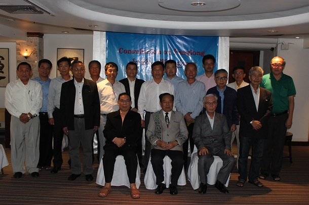 Ethnic Kachin and Shan leaders pose after the Consultation on Panglong on June 8 in Chiang Mai, Thailand. In the front row, from left, are Lt-Gen Yawd Serk of the RCSS, Gen N'Ban La of the KIO, and Gen Sai Htoo of the SSPP. (Photo: Nyein Nyein / The Irrawaddy)