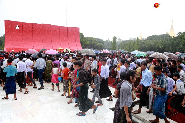 Visitors are seen at the Martyrs' Mausoleum in Rangoon on July 19, Martyrs Day. (Photo: Pyay Kyaw / The Irrawaddy)