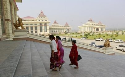 Members of Parliament arrive for a meeting in Naypyidaw on March 10, 2016. (Photo: Soe Zeya Tun / Reuters)