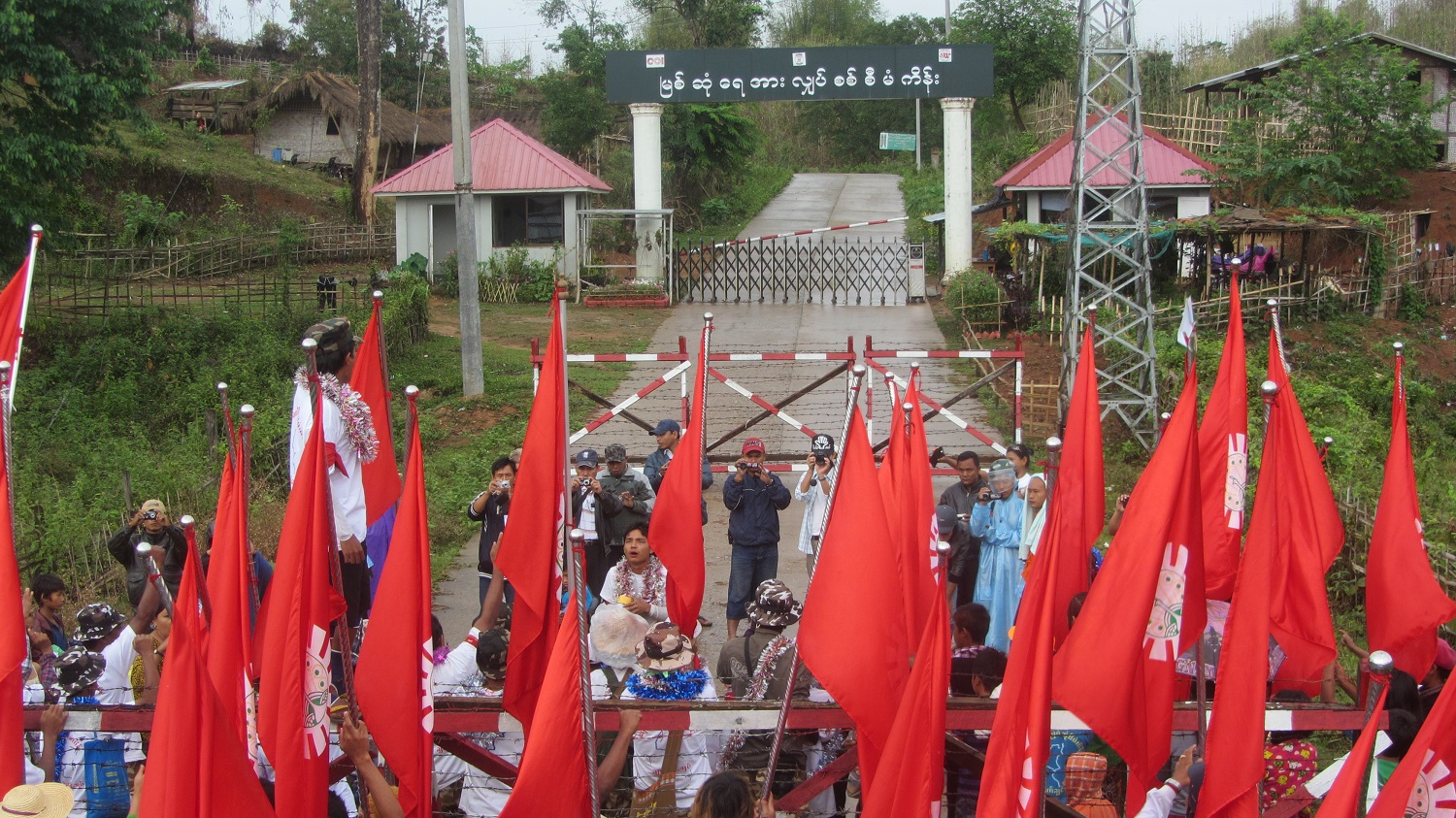 Locals staging a demonstration against the dam in 2015.(Photos: Nan Lwin Hnin Pwint / The Irrawaddy)