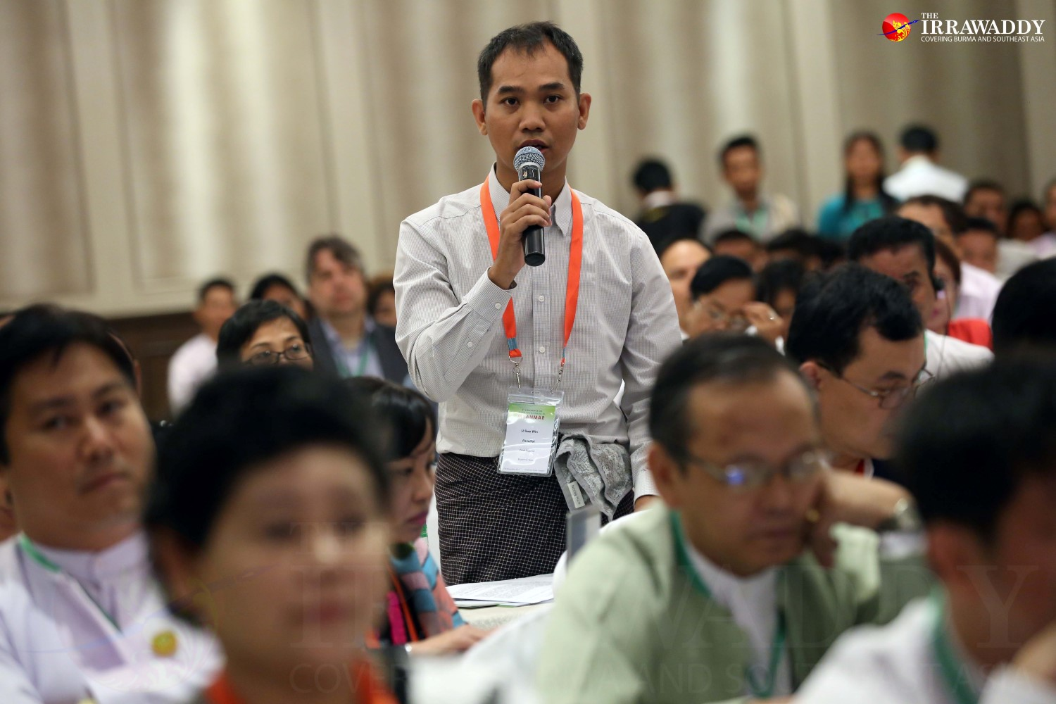U Swe Win, chief correspondent from Myanmar Now news media outlet, asks a question at the fifth media development conference in Rangoon on Monday.