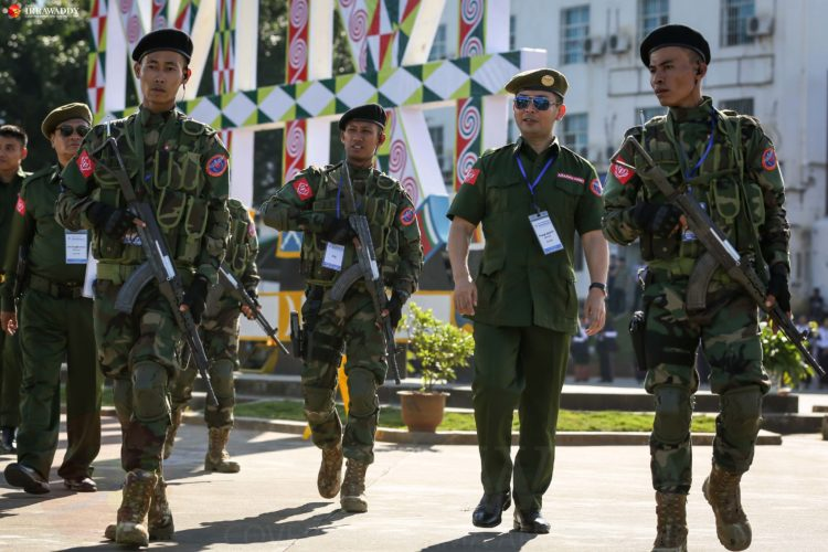 Burma-Myanmar: Arakan Army says 10 government soldiers killed in renewed  clashes » Wars in the World